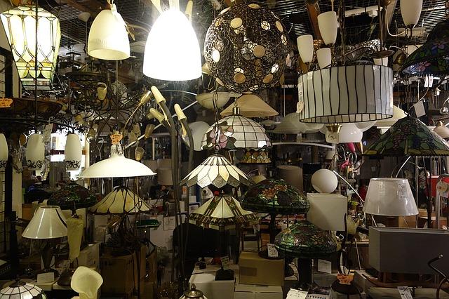 obchod s osvětlením.jpg