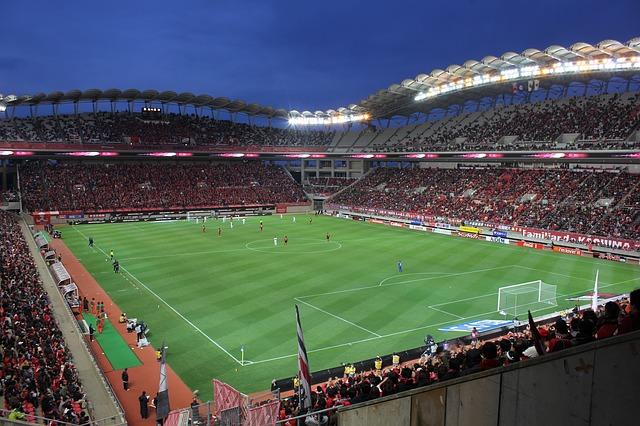 osvětlený stadion.jpg