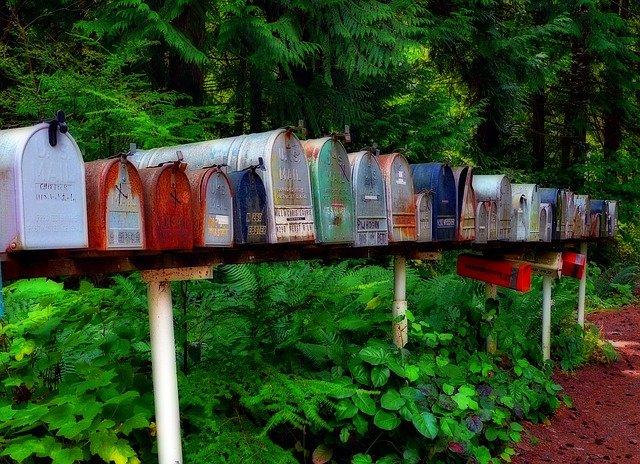 schránky u lesa.jpg