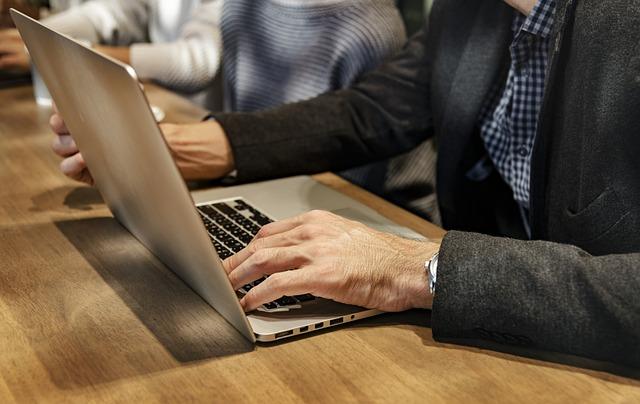 práce a internet