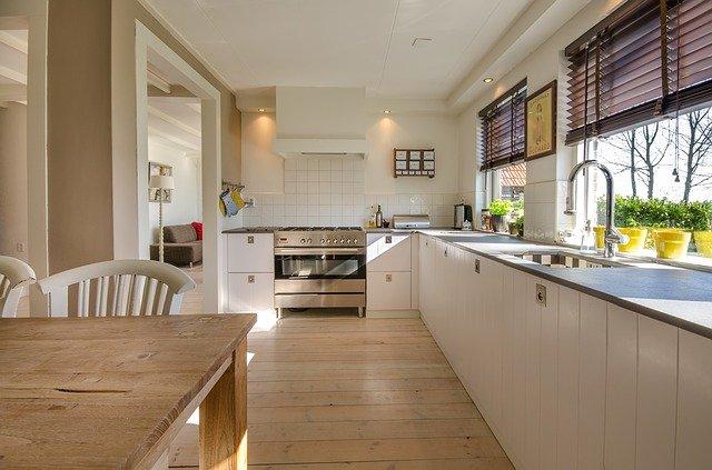 dlouhá kuchyň