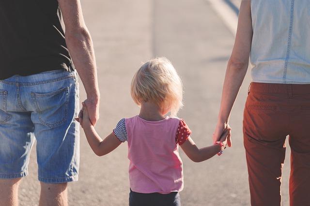 rodiče s dcerkou